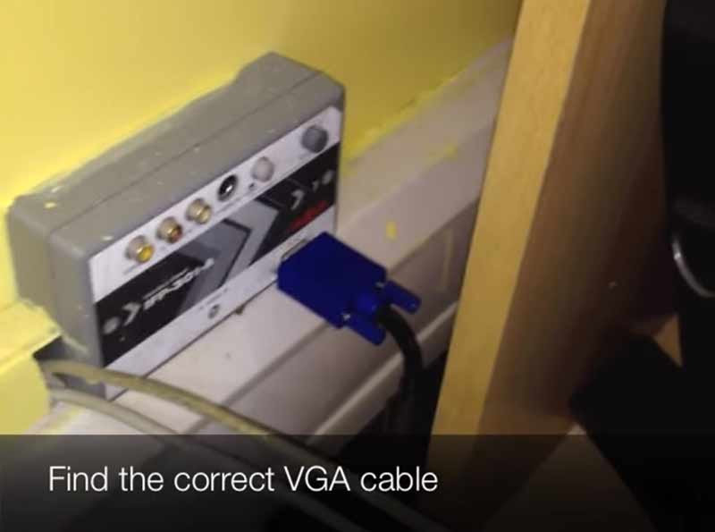 find correct VGA cable from the projector