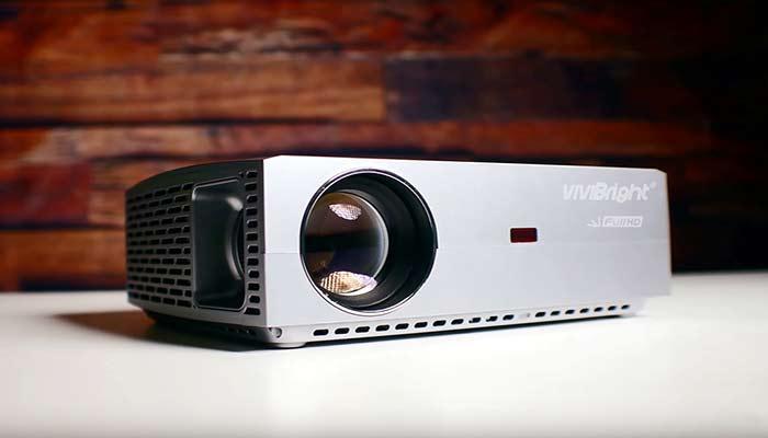Lux vs. lumens projectors – A Definite Brightness Guide for Projector
