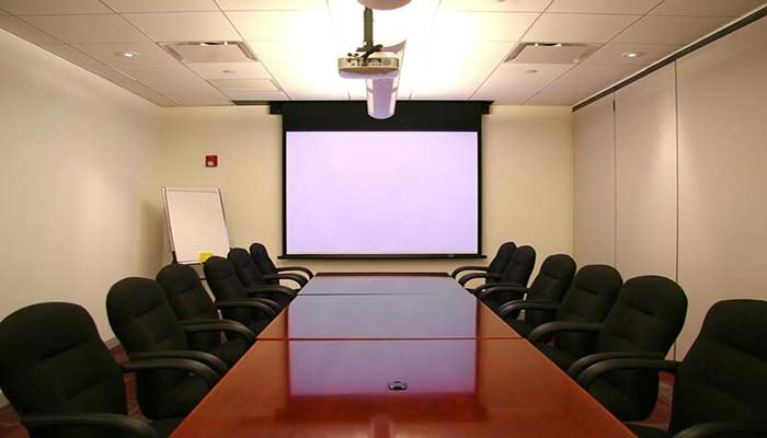 Some Basic Information about Cleaning a Projector Screen