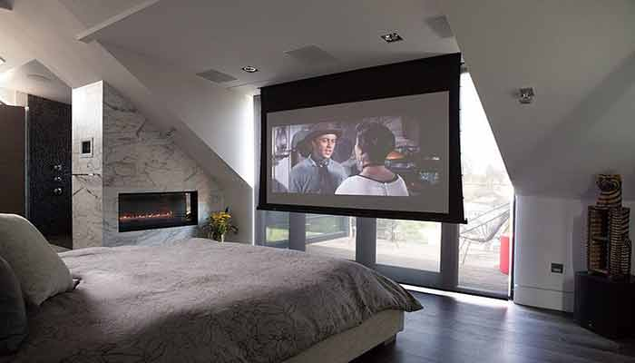 How to Watch Hulu on a Projector?