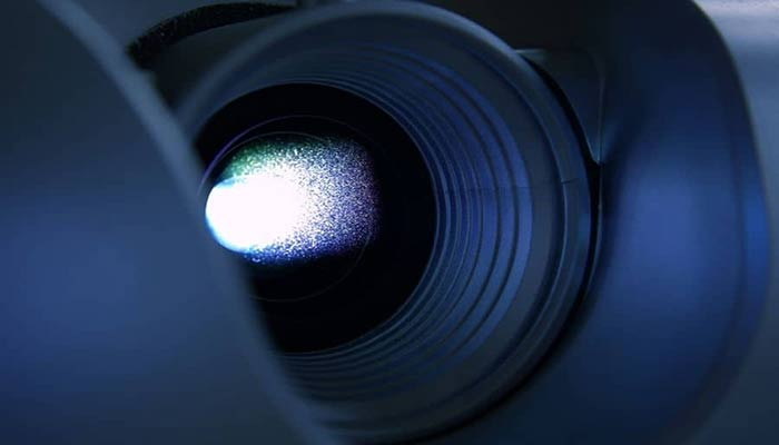 5 Steps to Clean the Projectors Lens