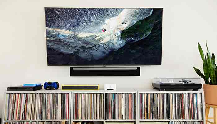 How to connect tv to projector?